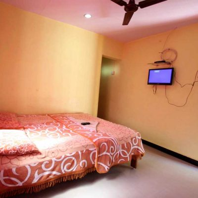 hotels-in-tarkarli7