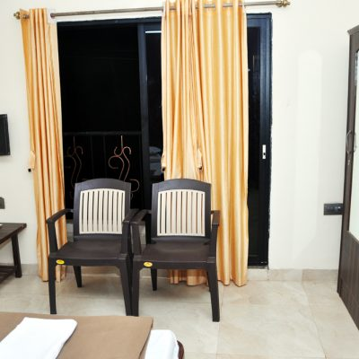 hotels_in_malvan_abhilasha_homestay_room_interior2