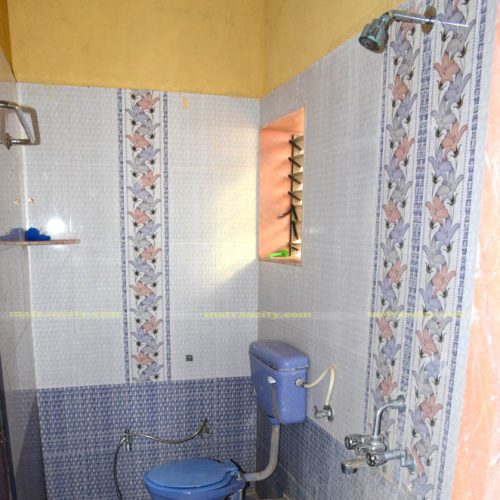 Vitthal Rakhumai Resort - Toilet & Bathroom