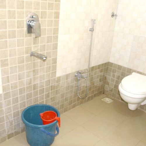 Sea & Sun Home Stay - Toilet & Bathroom