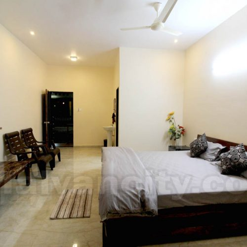 SeaView Palace - Rooms In Tarkarli