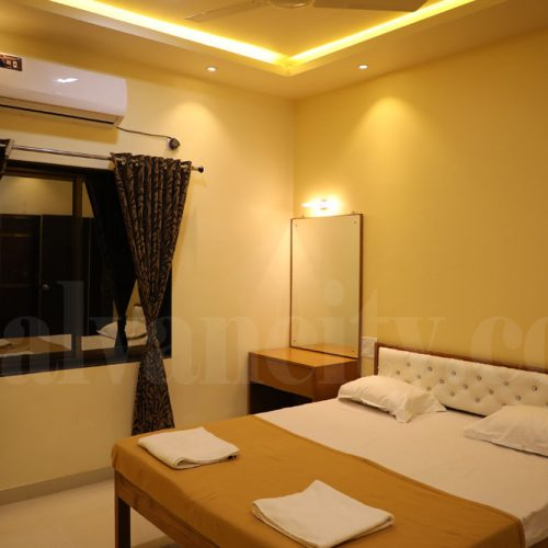 luxury hotel in Malvan